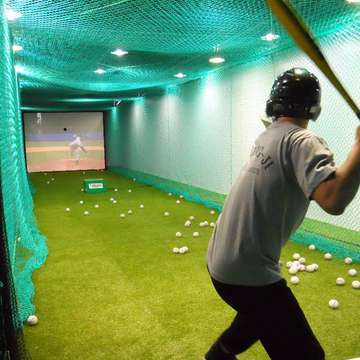 Baseball Simulators Bring Life to the Party
