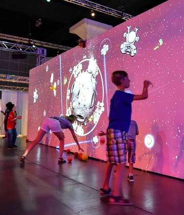 Digital Playgroundz Integrates Virtual Games into Real Environments