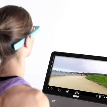 TechnoGym Introduces First Treadmill Controlled by Google Glass