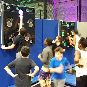 CardioWall FreeStyle and SkyPods Enhance Experience in Trampoline Parks
