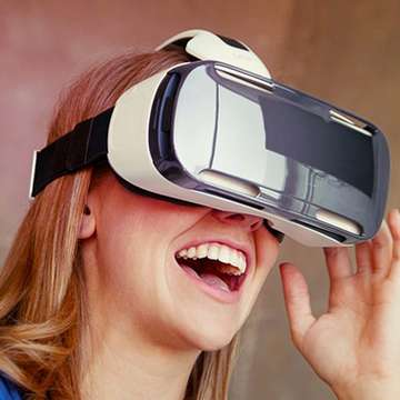 Samsung Gear VR Brings Virtual Reality to Galaxy Note 4
