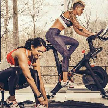 Peloton Brings Group Cycling Classes to Your Home