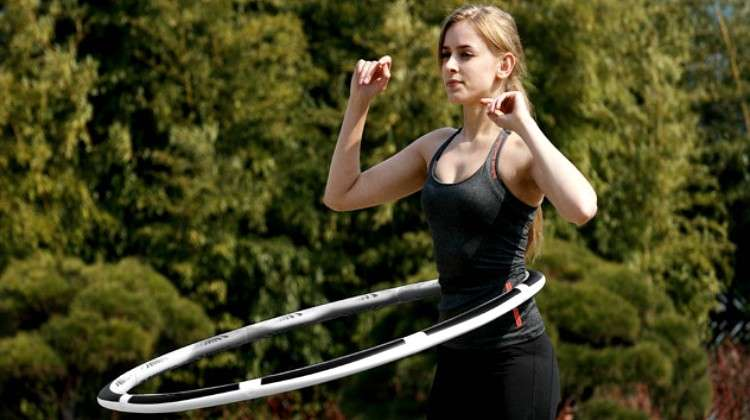 VHOOP Delivers Smart, Competitive Hula Hooping