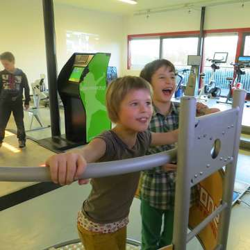 E-fit Zone: Interactive Fitness Gym for All Ages