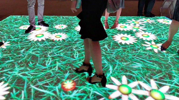 Lumo Play Transforms Walls and Floors into Immersive, Motion
