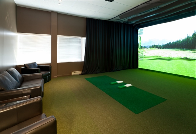 High definition golf simulator closest to the real thing