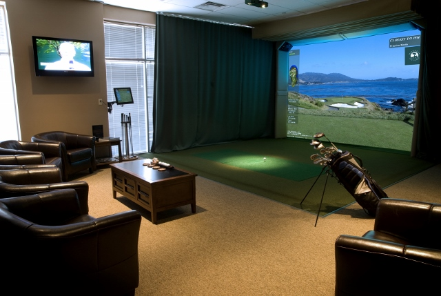 High definition golf simulator closest to the real thing for Golf simulator room dimensions