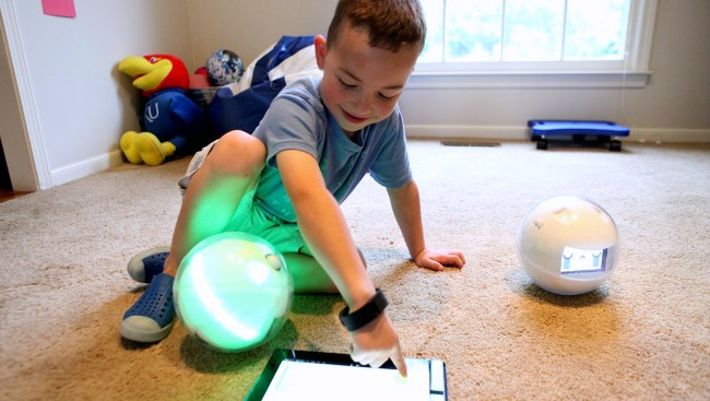 Fun Learning Toys For People With Autism : Leka robotic toy helps children with special needs learn