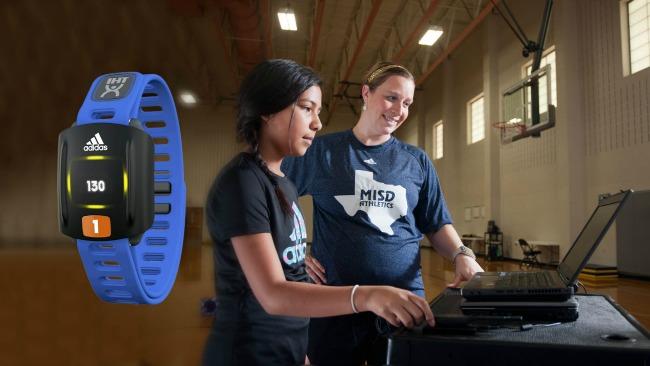 Adidas ZONA para IHT Espíritu de Aprendizaje Personalizado presenta a PE Clases